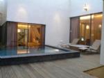 泳池205